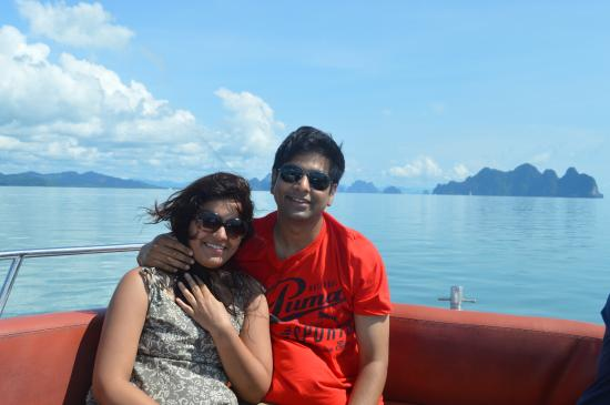 JC Tours: on the speed boat