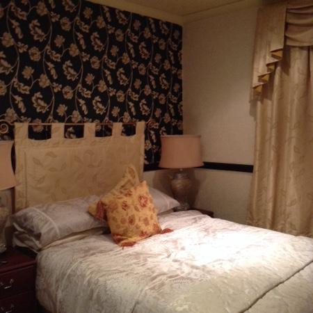 Graydon Hotel : the most comfortable bed in blackpool