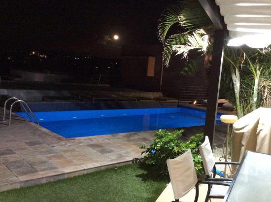 Special Lodges Villa Gran Canaria: The night view from Salobre Villas 6