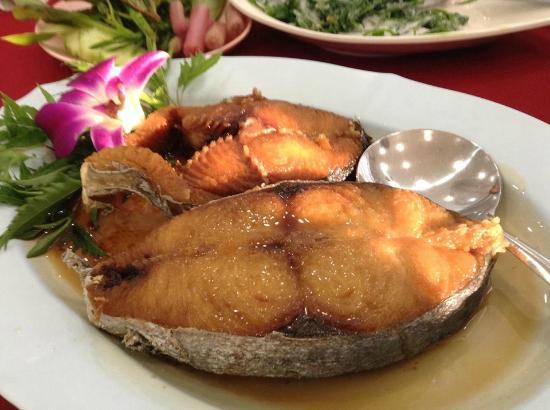 Nong Joke: ปลาอินทรีย์ทอดน้ำปลา อร่อยมาก