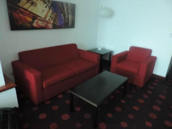 Radisson Hotel & Suites San Isidro : Quartos