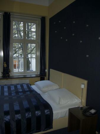 Hotel Wagner im Dammtorpalais : Blick in das Zimmer 27