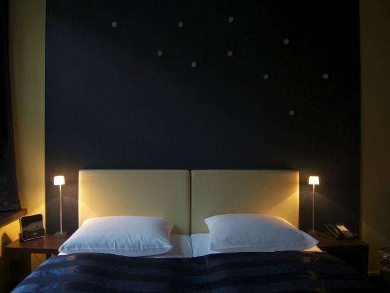 Sternenhimmel Bett das bett mit sternenhimmel am abend bild hotel wagner im