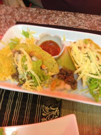 A Taste of Thailand : Beef tacos