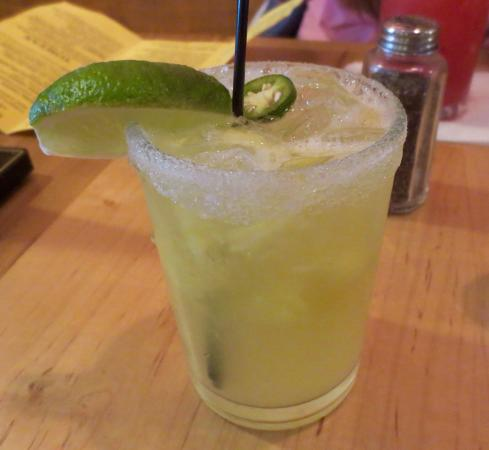Milagros Mexican Kitchen : Pineapple and serrano pepper cocktail