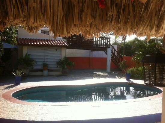 Villa Punta Salina: Piscina
