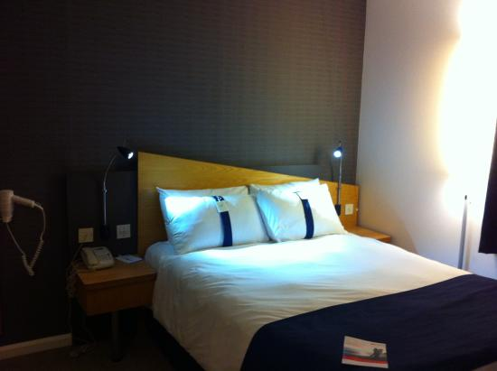 Holiday Inn Express London - Chingford - North Circular: Bedroom