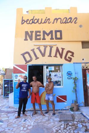 Bedouin Moon Village: divingmastersssss