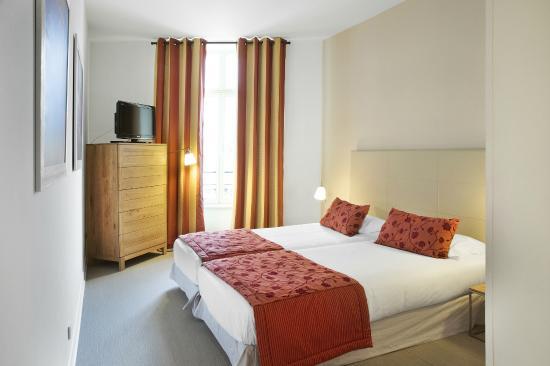 Cannes Croisette Prestige Apparthotel: 3 pièces Espace chambre