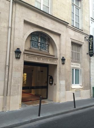 Hotel des Saints-Peres: hotel street view