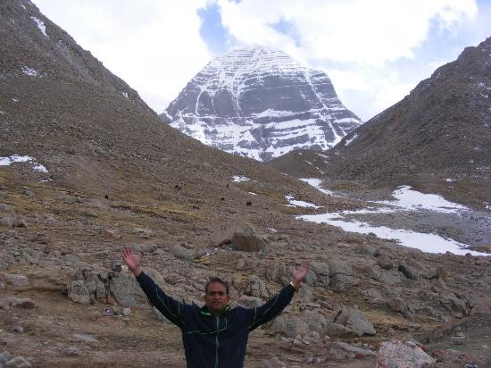 Mount Kailash : Om Namaha Shivaya ...