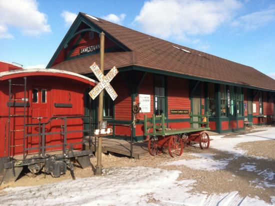 Frontier Village: Old railway depot