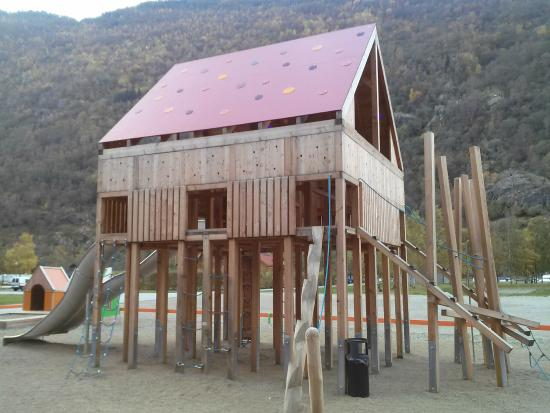 Laerdal Ferie og Fritidspark: One of the play structures for kids