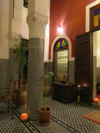 Riad Dar Tafilalet : lovely courtyard