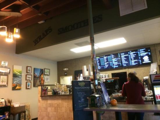 City Bistro Tea House & Coffee Co.: Inside