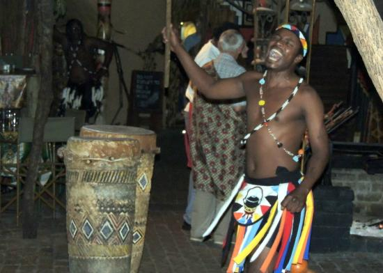 The Boma - Dinner & Drum Show: African singer at the Boma Restaurant