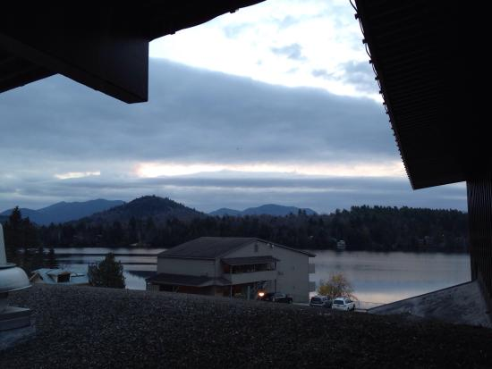 Lake House : Our view