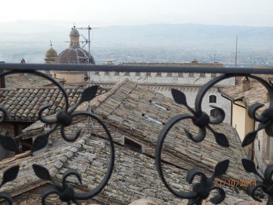 Hotel La Fortezza: Vista desde la terraza