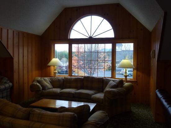 Green Granite Inn & Conference Center: Interno. Zona comune fra le camere.