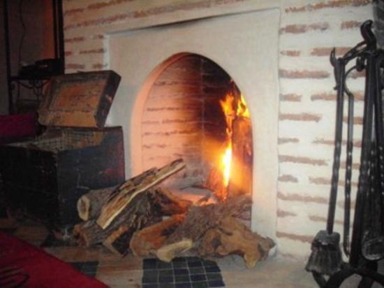 Riad Kalinka Lotus: cheminée