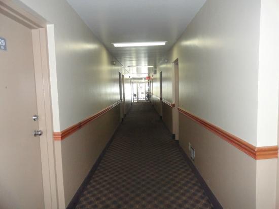 Chillicothe Inn : Hallway