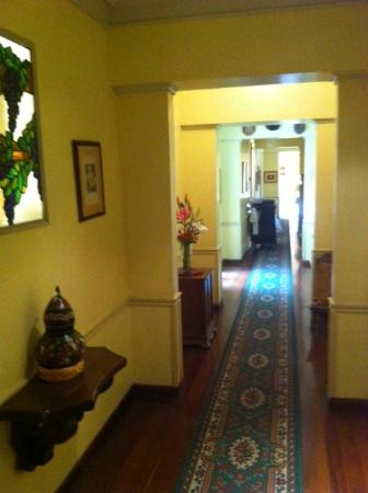 Hotel La Casona: Hallway