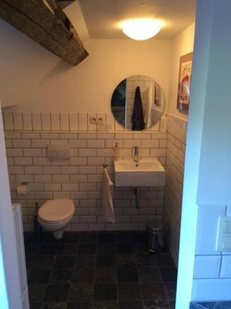 Chateau De Hodbomont : Bathroom