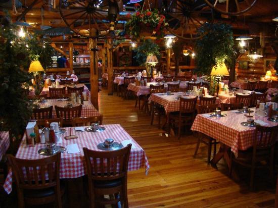 Paul Bunyan S Cook Shanty Minocqua Dining Room