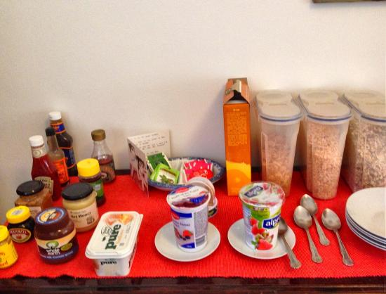 No. 23 Bed and Breakfast: Cereals table