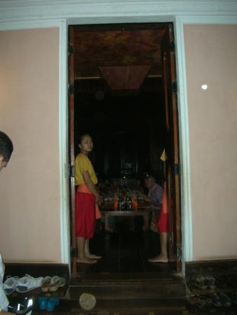 Angkor Village Apsara Theatre: entrée