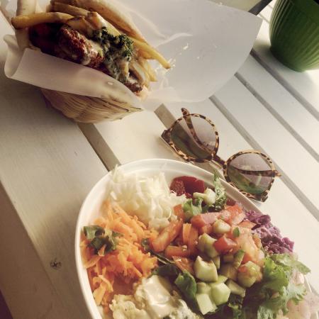 Falafel Bar: Prima falafel en salade!