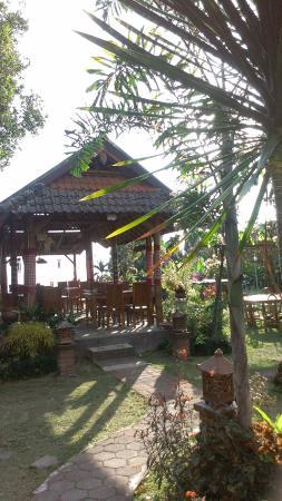 Karangsari Guest House : Le coin repas