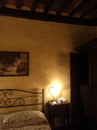 """La Locanda di Montisi: camera """"La Piazza"""""""