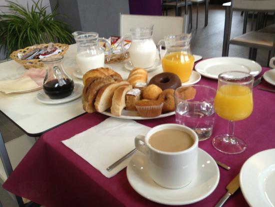 Hotel Valdelinares: Desayuno