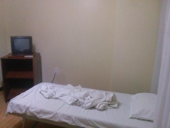 City Hotel Porto Alegre : quarto