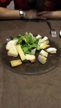 Restaurant Les Orchidées : plateau de fromage a partager