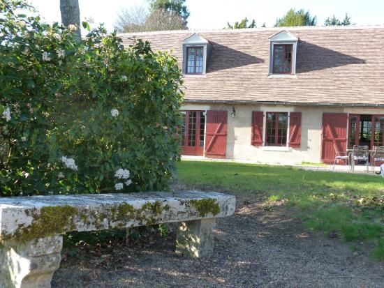 Banc De Pierre Au Jardin Stone Seat In The Garden Picture Of