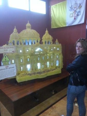 Museo del Azúcar: monumento hecho de azúcar