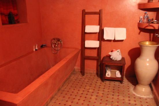 Riad Jamai: salle de bain
