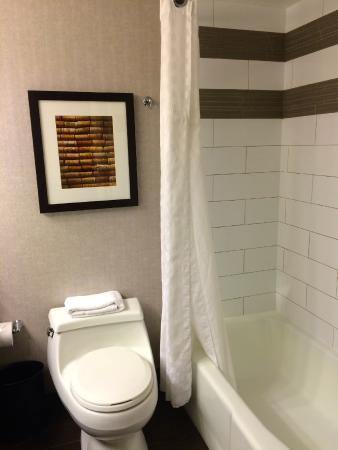 Embassy Suites by Hilton Napa Valley: Embassy Suites Hotel Napa Valley