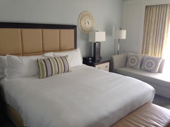 The Ritz-Carlton, Naples : bedroom