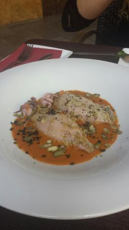 Restaurante la Mirta: Calamares con salsa carabineros y pipas calabazas