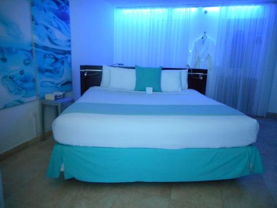 San Juan Water & Beach Club Hotel : Room