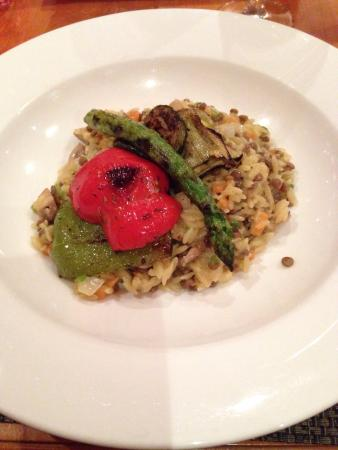 Allie's American Grille: Vegan Orzo Pasta with Veggies - a Flavor Explosion!