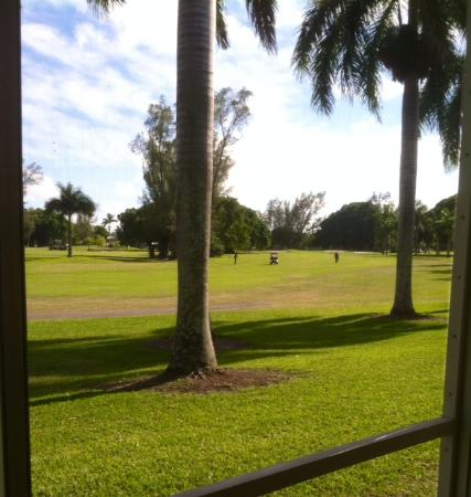 Hollywood Beach Golf Resort: Hotel Golf View Room