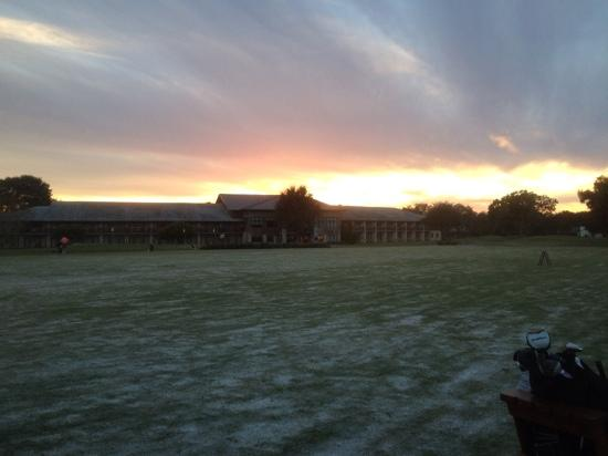 Arnold Palmer's Bay Hill Golf Club: at sunset