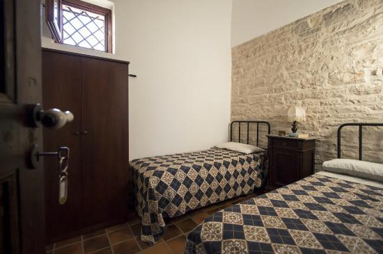 Castel del Monte, Itália: le stanze