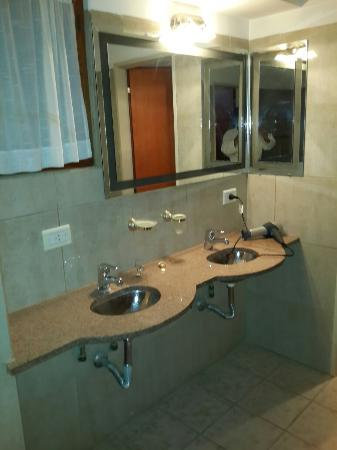Samay Huasi Resort Spa: Baño dpto