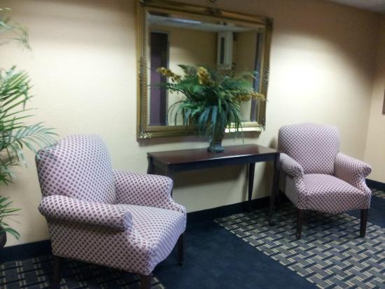 Holiday Inn Express Miami-Hialeah (Miami Lakes): hall interno del piso