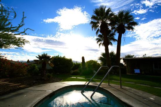 The Spring  Resort & Spa: Hot tub